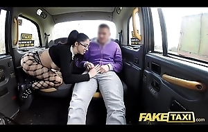 Fake Obsolete horse-drawn hackney Spanish beauty with glasses loves taxi cock