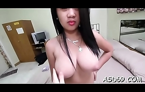 Experienced thai bimbo plays with a guy'_s dong for relaxation