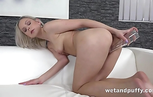 Sultry chick uses nightcap Dutch courage in solo masturbation